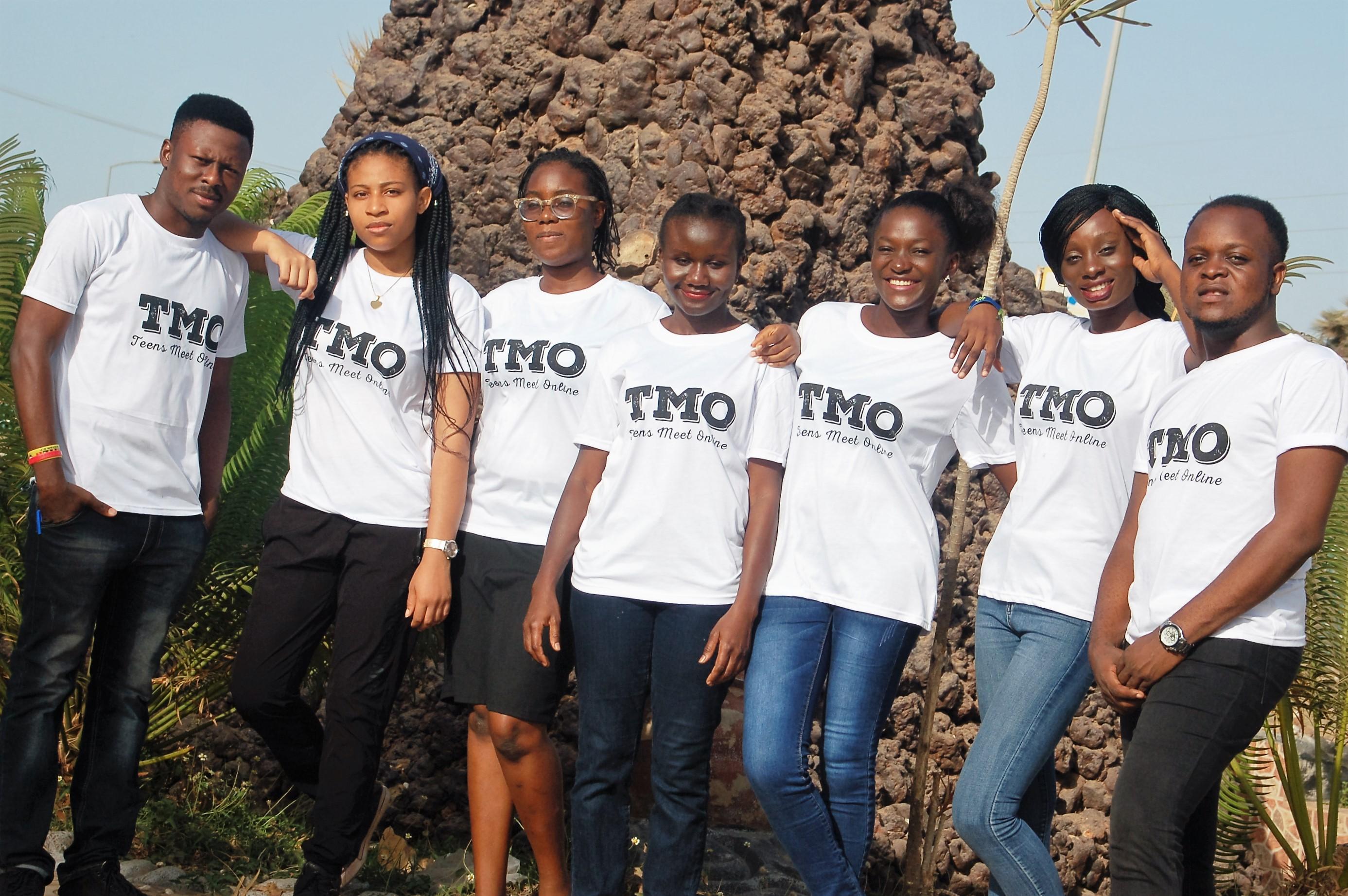 Websites to meet teens