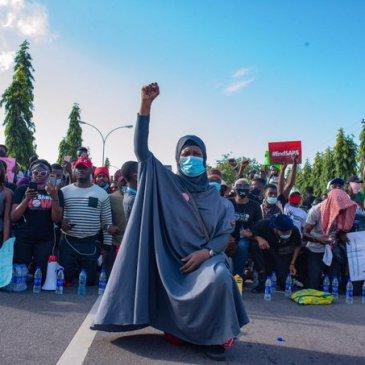 Aisha Yesufu, End SARS, protest,